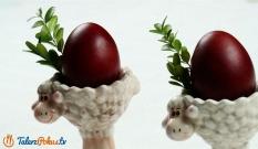 Jajka barwione w łupinach cebuli