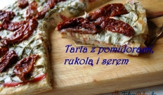 Tarta z pomidorami, rukolą i serem