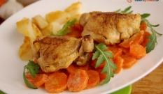 Kurczak duszony w marchewce