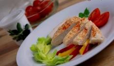 Pierś kurczaka gotowana na parze