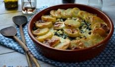 Zapiekanka z ziemniaków i szpinaku